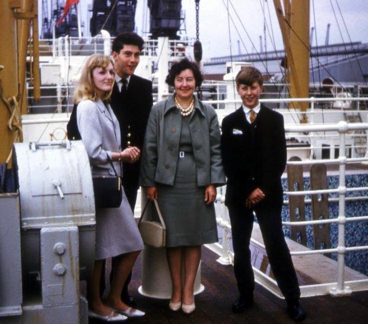 Mum, Ann,Colin mePNP Hull - Copy