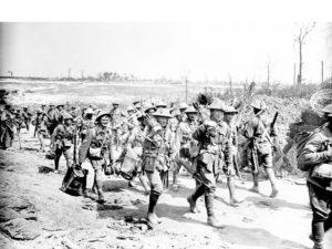 4 Aus machine gunners on way to Poz - AWM