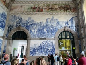 2-railway-station-main-hall