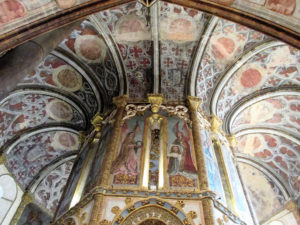 5 Ceiling detail of round church