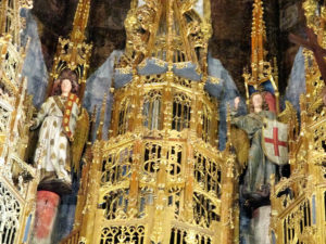 6 Detail of saints